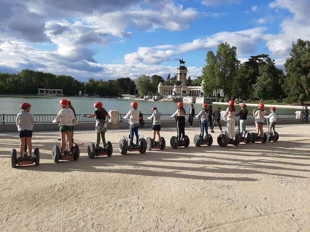 Segway + karts a pedales para niños en el Parque del Retiro