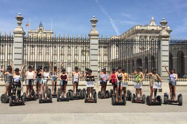 Despedidas de solteras en Segway Madrid | Retiro Magic